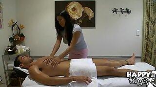 Sukupuoli ja rentouttava hieronta yhdistyvät