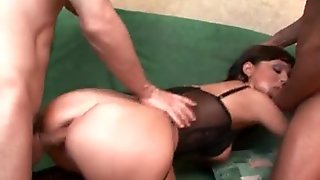 Dirty brunette slut gets her cunt