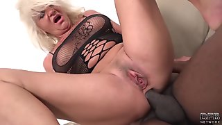 Hot Blonde With Tight Ass Hole Got Fucked Hard