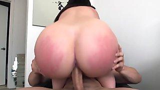 Lesbians fucking analhole with lucky guy movie 2