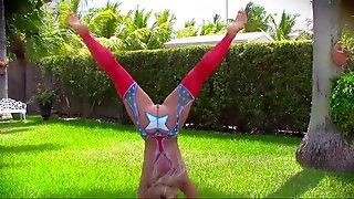 TeenCurves - Kelsi Monroe 4th of July Ass Worship