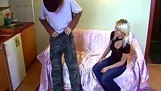 Teen Blowing Boy She Invited teen amateur teen cumshots swallow dp anal