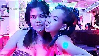 Thai pattaya bargirls ranskalainen suutelu (10. lokakuuta 2020, Pattaya)