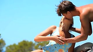 Mutual pornstars orgasm on the sunbed film 3