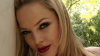 HOT blonde pornstar Alexis Texas anal outdoor