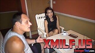 Thai Vaimo Kuvausssessio johtaa Kolmen Kimppalle valokuvaaja xmilf.us