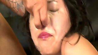 Japanilainen nainen äärimmäinen suu vittu