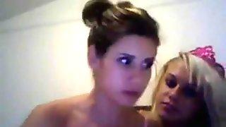 Sweet Homemade Webcam Lesbos - v1pcamz.com